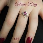 fabulous ladies ring using red stones